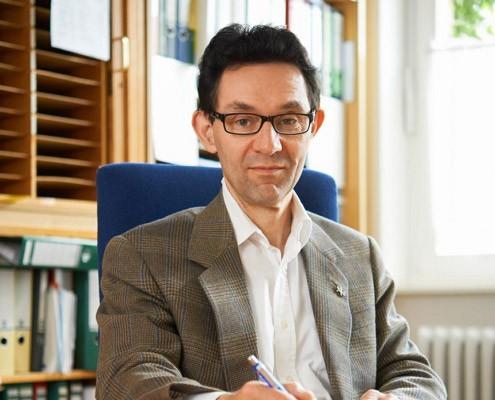 Professor Elmar Gräßel